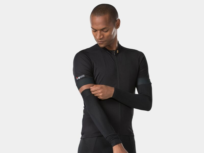 Bontrager Warmer Thermal Arm Black click to zoom image